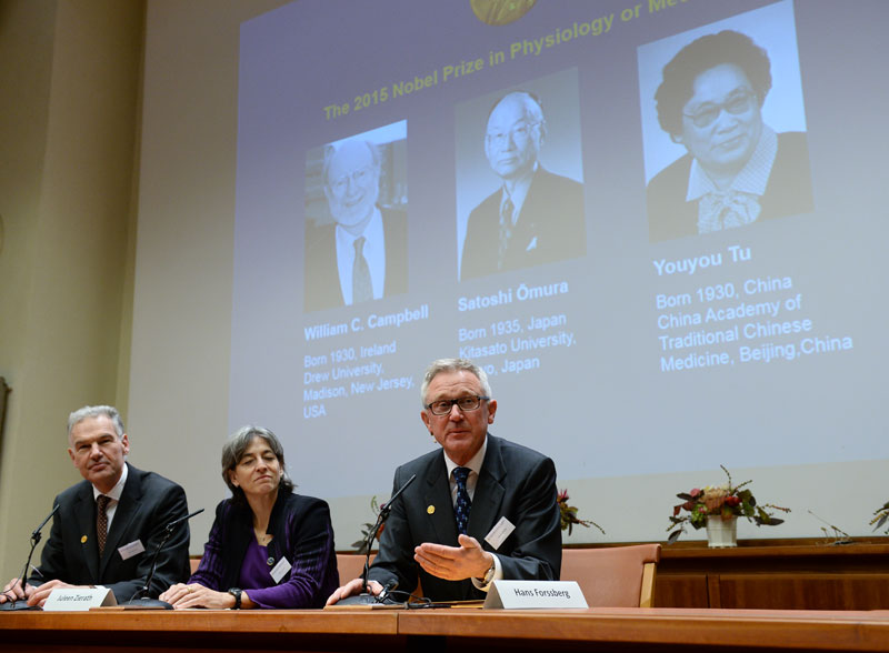 Jan Andersson, Juleen Zierath and Hans Forssberg, members of the Karolinska Institute Nobel committee, talk to media at a press conference in Stockholm, Monday Oct. 5, 2015. The Nobel judges awarded the prize to Irish-born William Campbell, Satoshi Omura of Japan and Tu Youyou of China, the first ever medicine laureate from China. Photo: AP