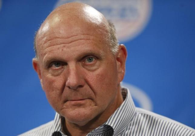 Steve Ballmer speaks at a news conference after being introduced at a Los Angeles Clippers' fan event at the Staples Center in Los Angeles, California on August 18, 2014. Photo: Reuters