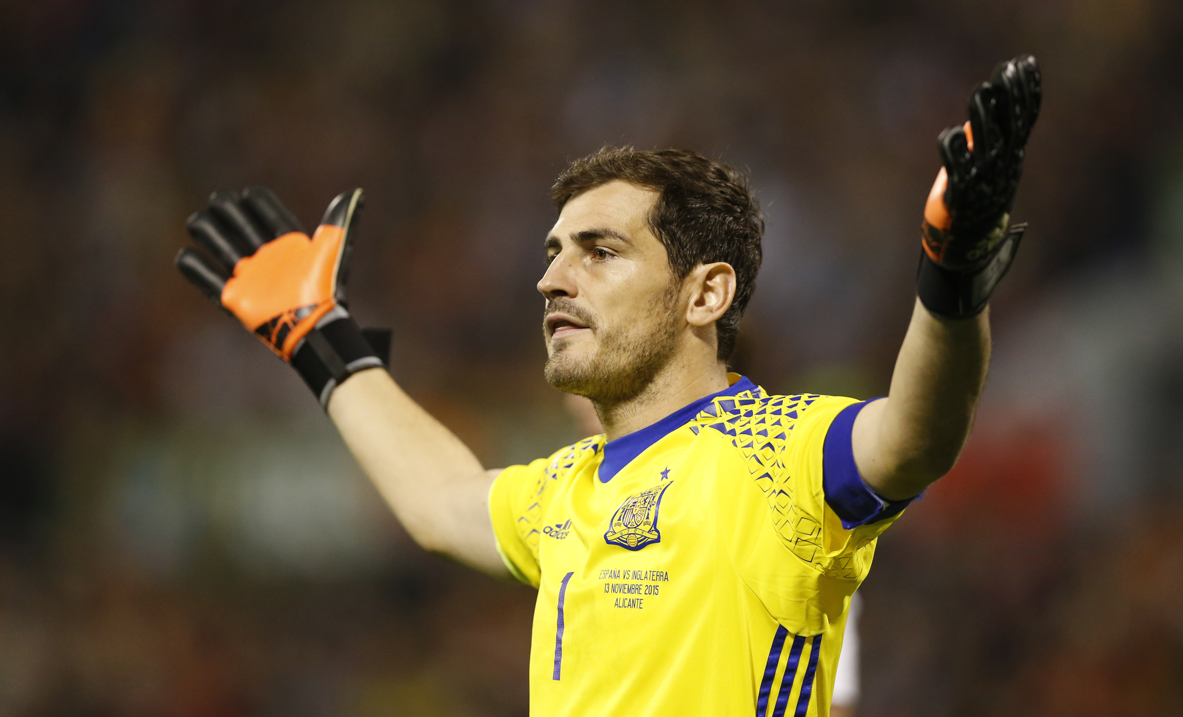 Football - Spain v England - International Friendly - Jose Rico Perez Stadium, Alicante, Spain - 13/11/15nSpain's Iker CasillasnAction Images via Reuters / Carl RecinenLivepicnEDITORIAL USE ONLY.