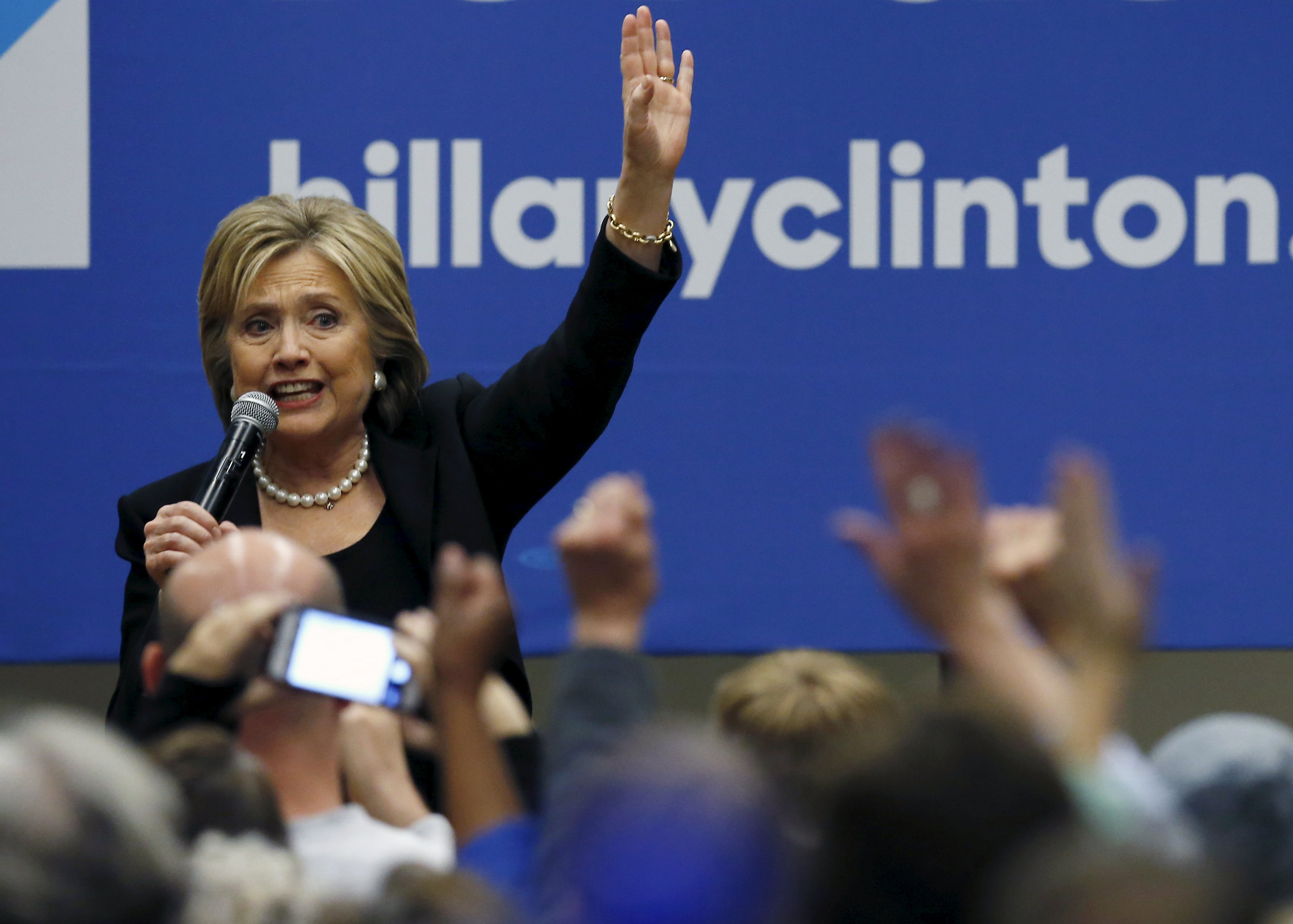 US Democratic presidential candidate Hillary Clinton speaks to her supporters after the 2016 US Democratic presidential candidates debate at Drake University in Des Moines, Iowa, United States, November 14, 2015. Photo: Reuters