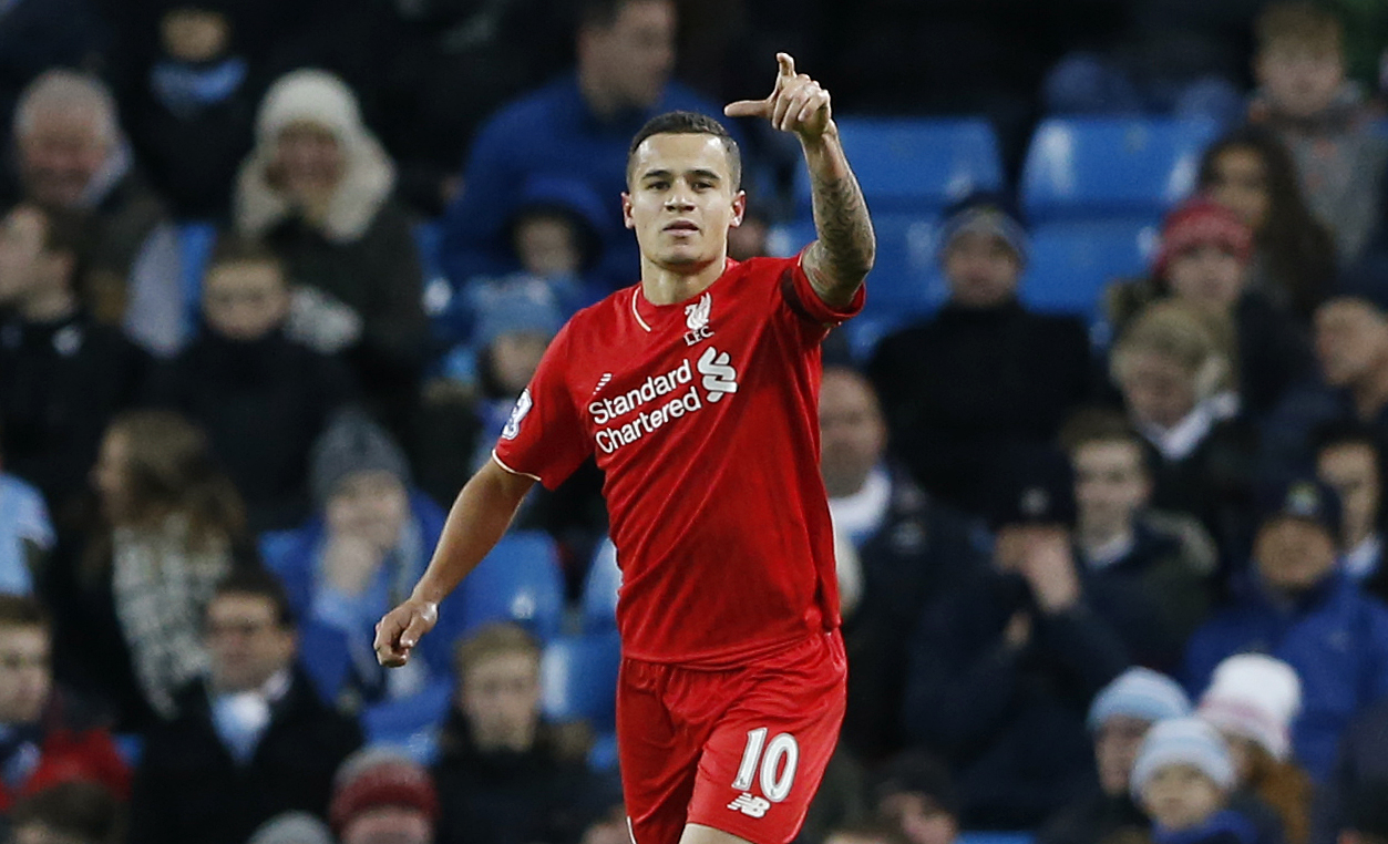 Philippe Coutinho celebrates scoring the second goal for Liverpool during Premier League game against Manchester City at Etihad Stadium on November 21, 2015. Photo: Reuters