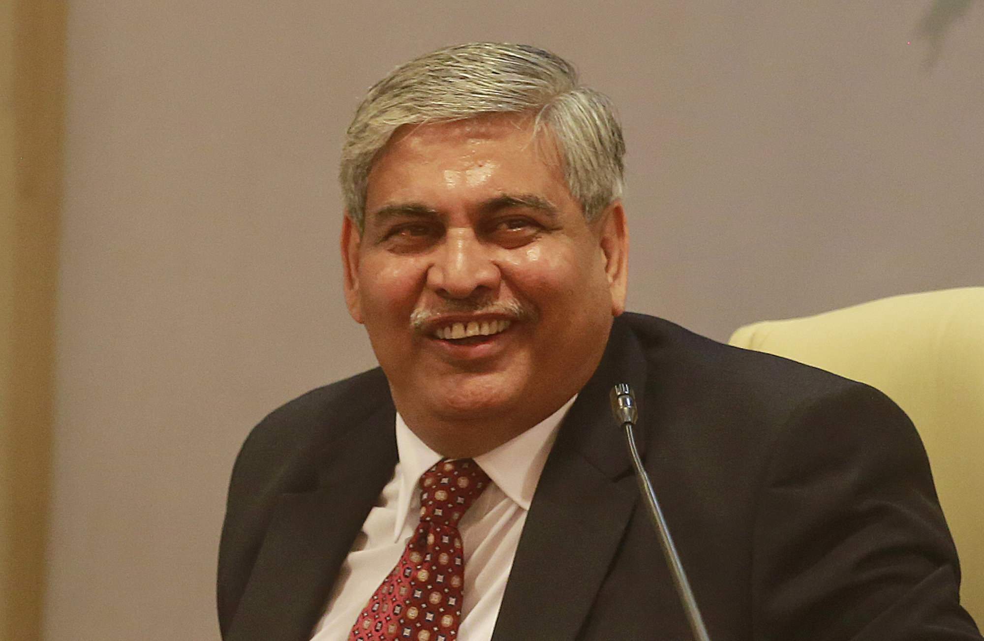Board of Control for Cricket in India (BCCI)'s then newly elected president Shashank Manohar smiles during a press conference in Mumbai, India on October 4, 2015. Photo: AP