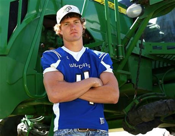 This May 16, 2015 photo provided by Everett Royer shows Luke Schemm near Atwood, Kan. The Kansas high school football player has been declared brain-dead according to a hospital spokeswoman at a Colorado hospital after collapsing on the sideline during a state playoff game Tuesday, Nov. 3, 2015. Photo: AP