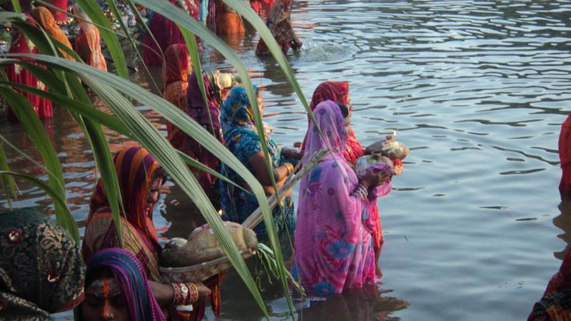 Devotees worship the Sun God on the occasion of the Chhath festival, in Rajbiraj of Saptari, on Tuesday, November 17, 2015. Photo: THT Online