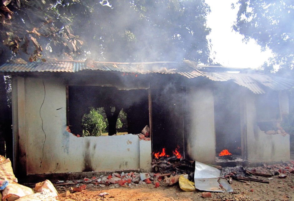 An Armed Police Force (APF) base camp set ablaze by the protesters affiliated with the United Democratic Madhesi Front (UDMF) in Rajbiraj, on Sunday, November 22, 2015. Photo: THT