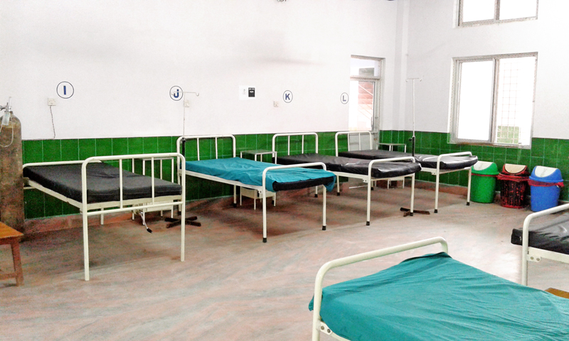 Empty beds at Bheri Zonal Hospital due to lack of patients, in Nepalgunj, Banke, on Wednesday, December 02, 2015. Photo: THT