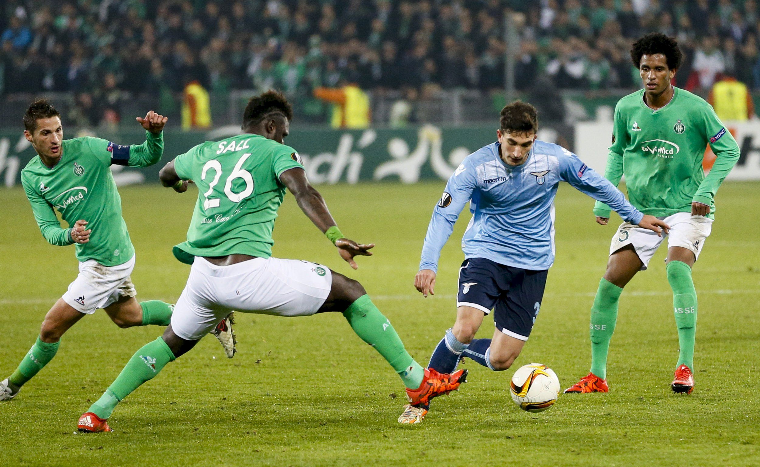 Etienne's Mustapha Bayal Sall (2nd L) in action against Lazio's Danilo Cataldi (2nd R) during Europa League game on Thursday, December 11, 2015. Photo: Reuters
