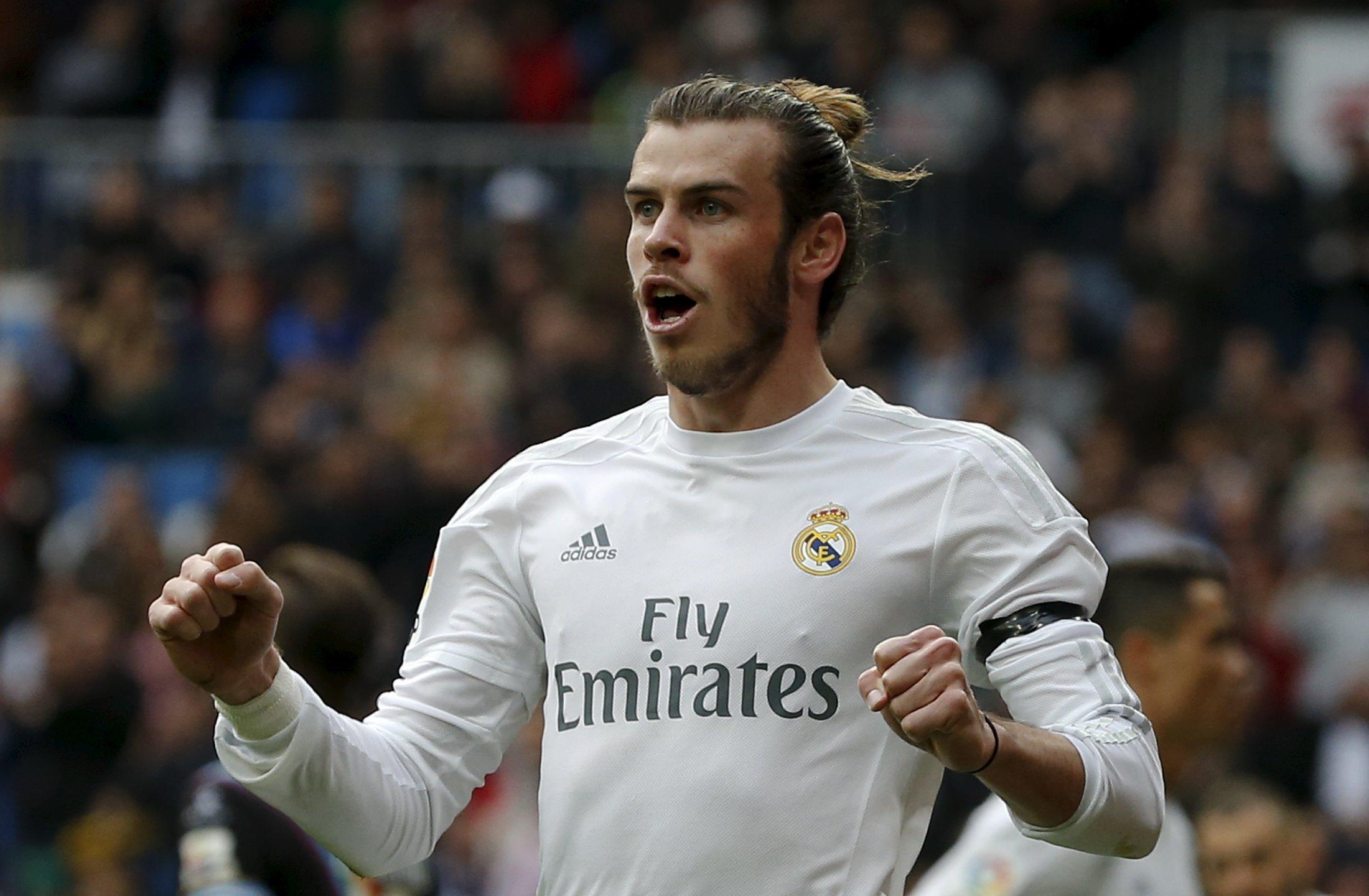 Real Madrid's Gareth Bale celebrates his team's second goal during La Liga ta Santiago Bernabeau Stadium on Sunday, December 20, 2015. Photo: Reuters
