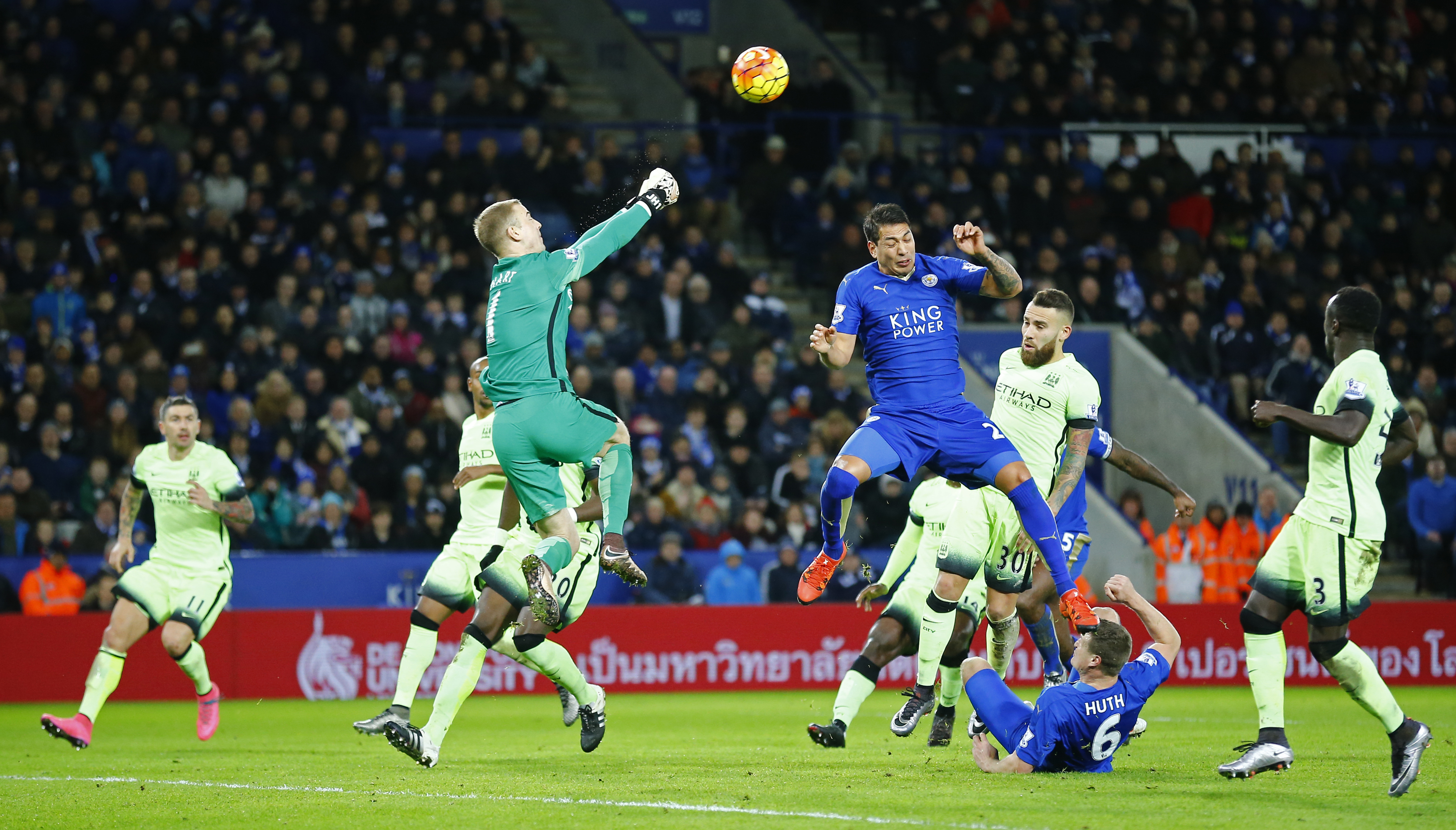 Leicester City's Leonardo Ulloa and Manchester City's Joe Hart in action at King Power Stadium on Tuesday, December 29, 2015. Photo: Reuters