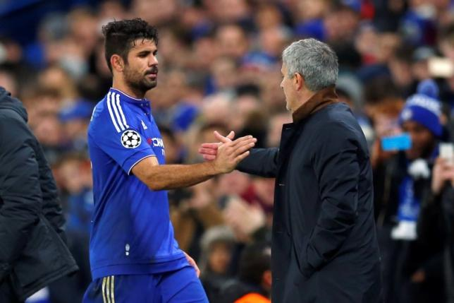 Chelsea manager Jose Mourinho with Diego Costa as he is substituted in the match between Chelsea and FC Porto at UEFA Champions League Group Stage. Photo: Reuters