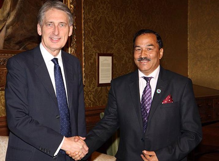 Deputy Prime Minister and Minister for Foreign Affairs (right) Kamal Thapa meets British Secretary of State for Foreign and Commonwealth Affairs Philip Hammond, in London, on Wednesday, December 16, 2015. Photo: https://twitter.com/PHammondMP