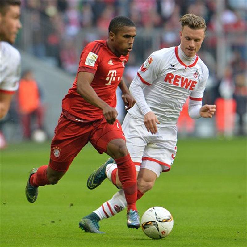 File: Bayern Munich's Dourglas Costa. Photo: Reuters