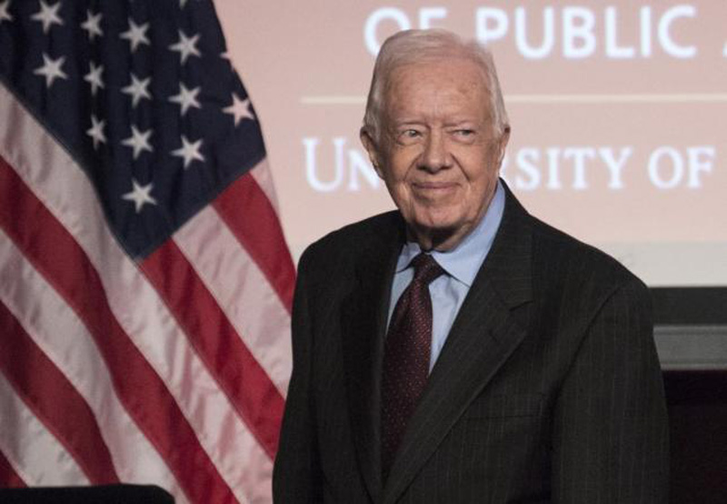 Former US President Jimmy Carter arrives to speak during an event honoring former US Vice President Walter Mondale hosted by the Humphrey School of Public Affairs at the University of Minnesota in Washington October 20, 2015. Photo: Reuters