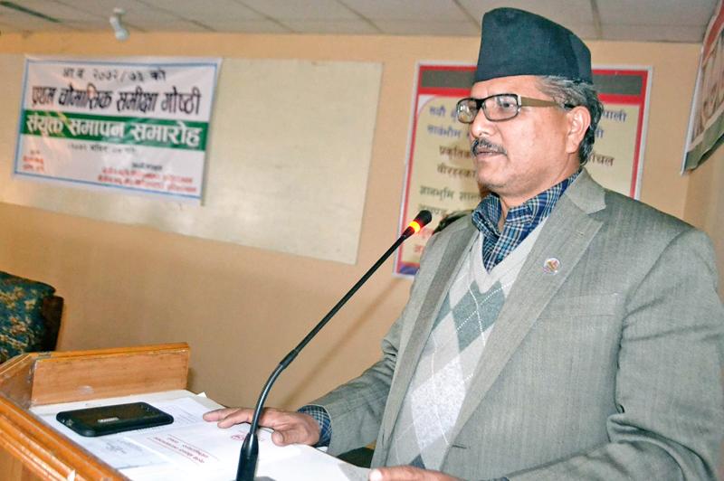 Agriculture Minister Haribol Gajurel address the meeting at Budol of Banepa on Sunday, December 13, 2015. Photo: RSS
