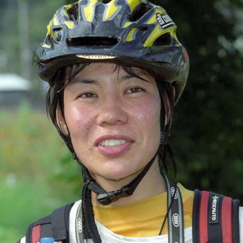 Japanese mountaineer Kei Taniguchi, who climbed Mount Everest in 2007 and became the first woman to win the prestigious Piolet d'Or (Golden Ice Axe) mountaineering award in 2009, in this photo of September 2001. Photo: Kyodo News via AP