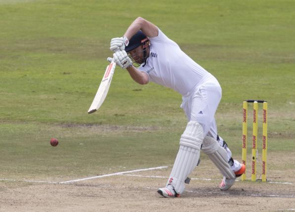 England's Jonny Bairstow plays a shot during the first cricket test match in Durban, South Africa, December 29, 2015. Photo: Reuters