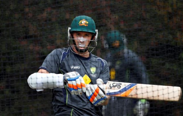 Australia's Mike Hussey bats in the nets during a practice session at the Sydney Cricket Ground January 2, 2013. Photo: Reuters