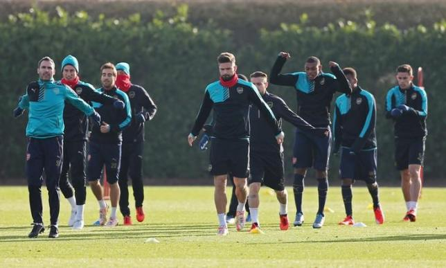 Football - Arsenal Training - Arsenal Training Ground - 23/11/15. Arsenal's Olivier Giroud during training. Action Images via Reuters / Matthew Childs. Livepic.