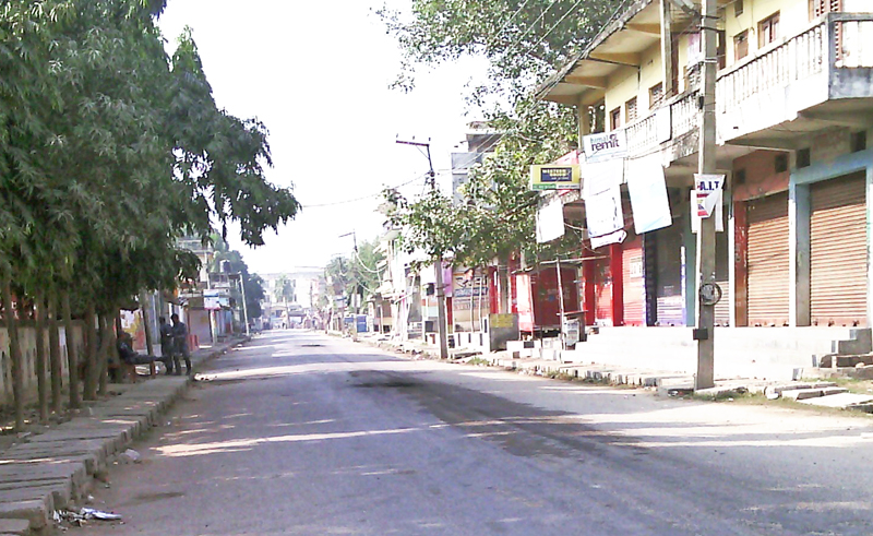 The city area wears a deserted look due to the curfew imposed in Gaur, Rautahat, on Wednesday, December 23, 2015. Photo: THT
