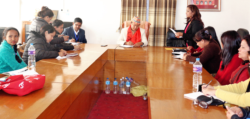 A delegation of Sancharika Samuha, an association of working women journalists, holding talks with Minister for Information and Communications Sherdhan Rai, in Kathmandu, on Tuesday. Photo: RSS