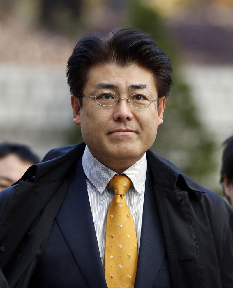 Japanese reporter Tatsuya Kato of Sankei Shimbun newspaper arrives at the Seoul Central District Court in Seoul, South Korea on Thursday, December 17, 2015. Photo: AP