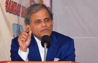 Dr. Upendra Devkota speaking at Sambad Dabali
