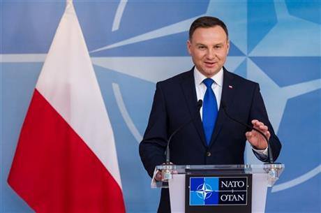 Polish President Andrzej Duda addresses the media at NATO headquarters in Brussels on Monday, Jan. 18, 2016. Photo: Reuters