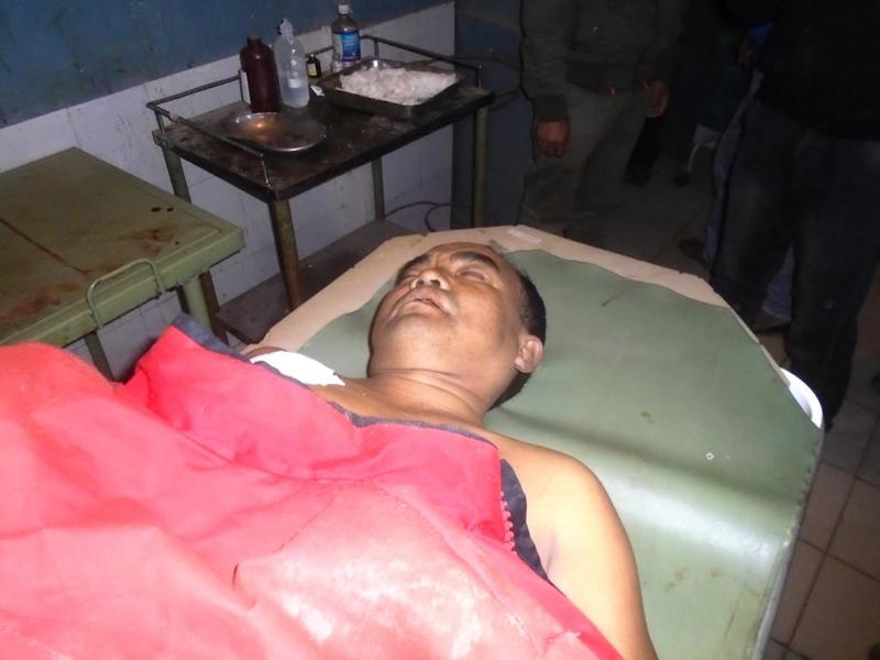 Injured ASI Ramesh Subba, at the Sagarmatha Zonal Hospital in Rajbiraj. He succumbed to injuries. Photo: THT Online