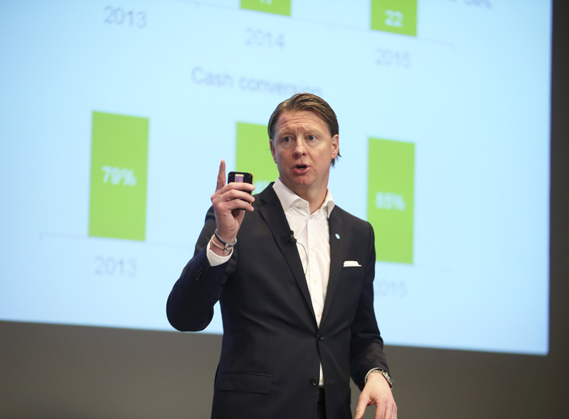 Ericsson CEO Hans Vestberg speaks as he presents the Swedish telecommunication company's sales report during a press conference in Stockholm, Wednesday, Jan. 27, 2016. (Soren Andersson/TT News Agency via AP) SWEDEN OUT