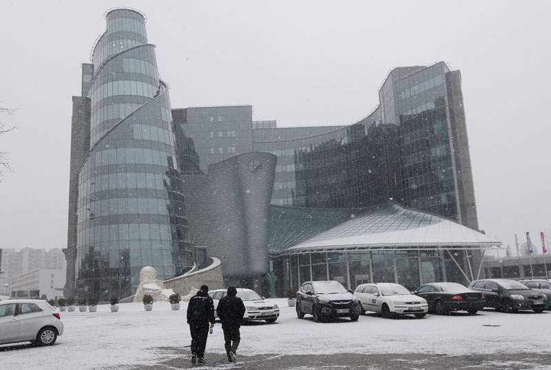 The building of Polandu2019s state Television, a state broadcaster that has been in the center of controversy between Poland and the European Union due to a law that gave the new conservative government control of the state media, pictured in Warsaw, Poland,on Friday, January 8, 2016. Photo: AP
