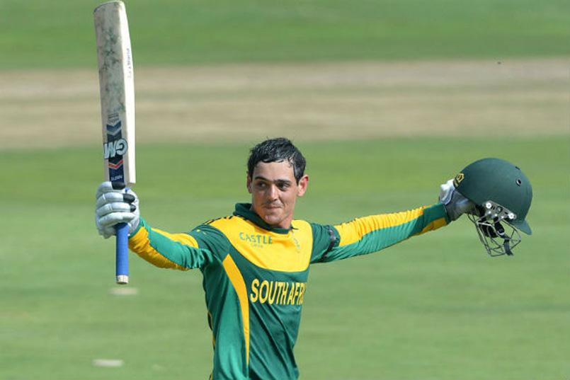 File photo of South African batsman Quinton de Kock acknowledges the crowd after reaching his century. Photo: Reuters