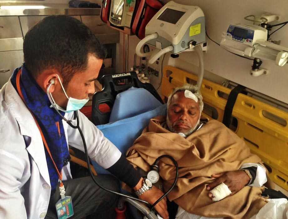 Sadbhawana Party Chairman Rajendra Mahato gestures. Injured in police action at Nepal-India border point on December 26, 2015, Mahato was airlifted to Kathmandu from Dharan and then to New Delhi for further treatment. Photo: Upendra Mahato.
