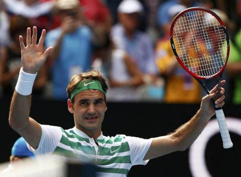 Switzerland's Roger Federer celebrates after winning his quarter-final match against Czech Republic's Tomas Berdych at the Australian Open tennis tournament at Melbourne Park, Australia, January 26, 2016. Photo: Reuters