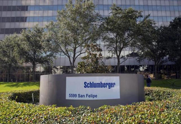 The exterior of the Schlumberger Corporation headquarters building is pictured in the Galleria area of Houston January 16, 2015. Photo: Reuters/File