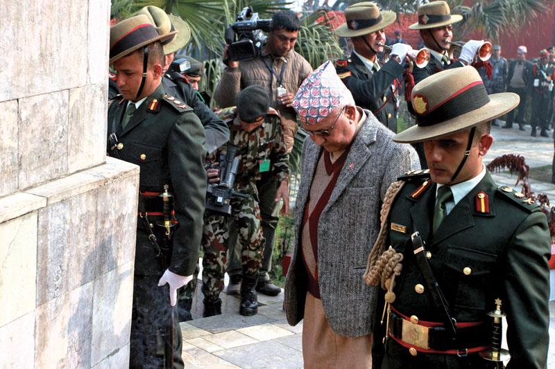 Prime Minister KP Sharma Oli paying homage to martyrs,  in Lainchaur, Kathmandu, on Saturday, January 30, 2016. Photo: THT