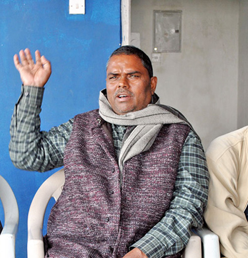 Chairperson of Federal Socialist Forum Nepal Upendra Yadav talking to journalists in Birgunj on Tuesday, January 5, 2016. Photo: RSS
