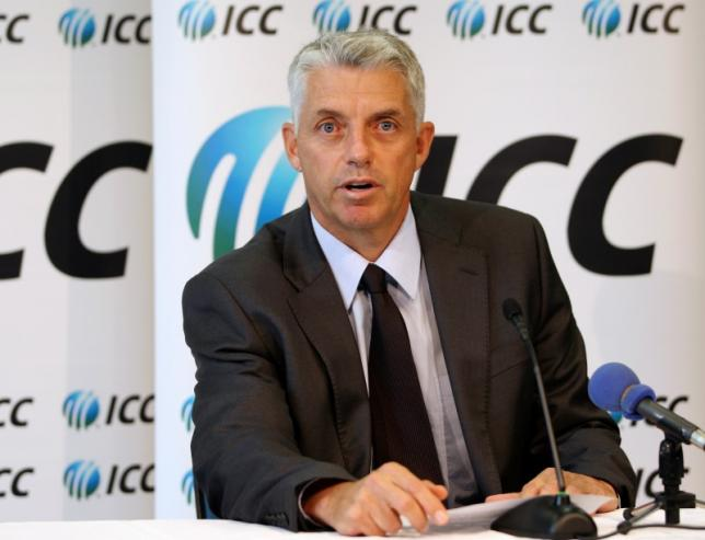 ICC Chief Executive David Richardson reads a statement after the Court of Arbitration for Sport (CAS) released its written decision relating to former Pakistani cricketers Mohammad Asif and Salman Butt in Dubai April 23, 2013. Photo: Reuters