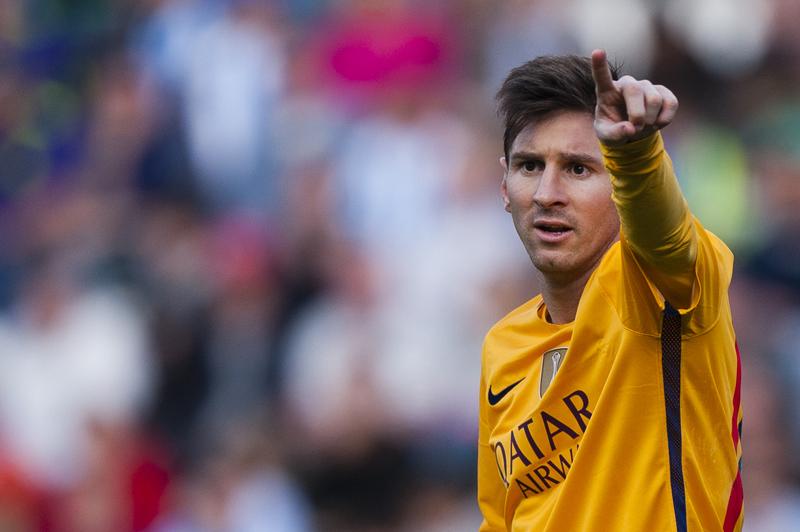 FC Barcelona's Lionel Messi, reacts during his Spanish La Liga soccer match against CF Malaga at La Rosaleda stadium in Malaga, Spain, Saturday, January 23, 2016. Photo: AP