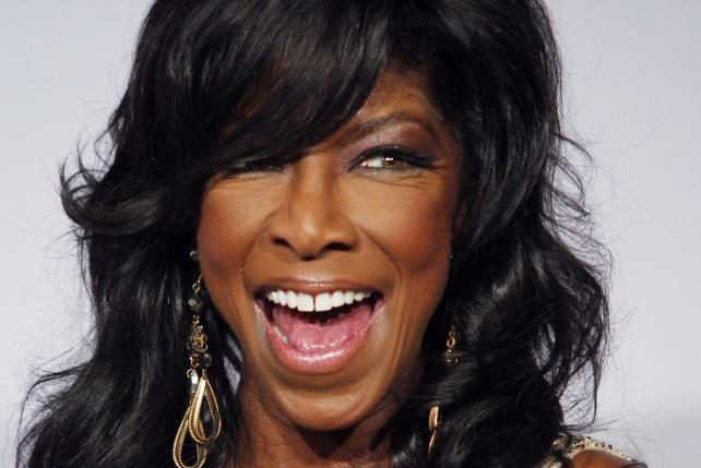 Natalie Cole poses backstage during the 14th Latin Grammy Awards in Las Vegas, Nevada, in this file photo taken November 21, 2013. Photo: Reuters