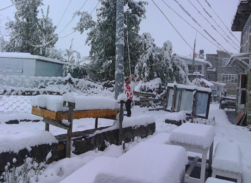A view of snow-covered premises of a hotel in Chame, Manang district headquarters, on Saturday, January 9, 2016. Courtesy: Binod Gurung