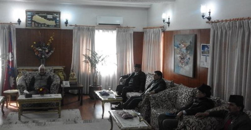 Top leaders of major three political parties hold a meeting at the Prime Minister's residence in Baluwatar of Kathmandu, on Thursday, January 14, 2016. Photo: https://twitter.com/cmprachanda