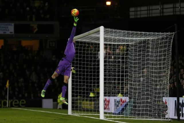 Football Soccer - Watford v Chelsea - Barclays Premier League - Vicarage Road - 3/2/16. Watford's Heurelho Gomes makes a save. Reuters / Stefan Wermuth/Livepic