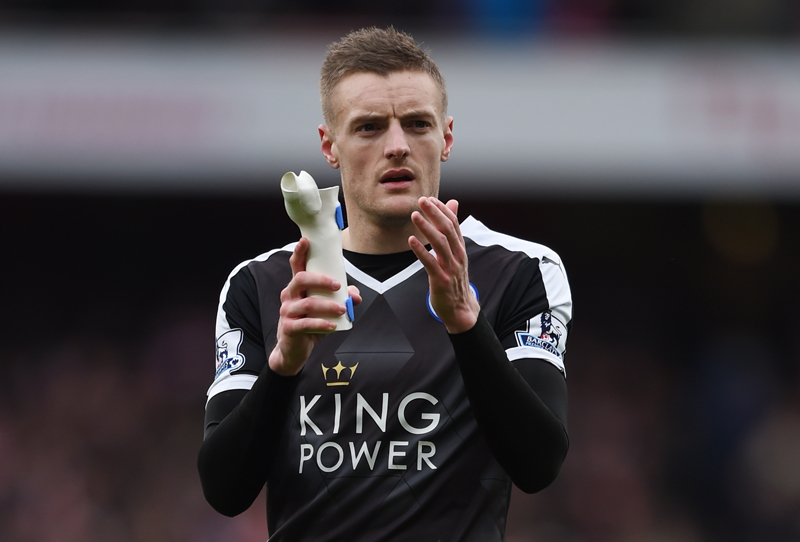 Leicester's Jamie Vardy applauds fans after the game against Arsenal at Emirates Stadium on Sunday, February 14, 2016. Photo: Reuters