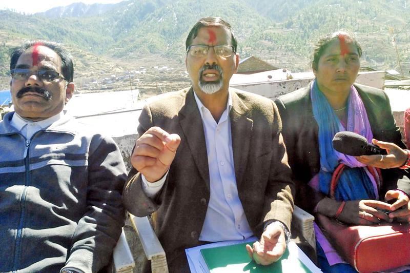 FILE: UCPN-M leader Janardan Sharma talking with journalists, in Jumla on Wednesday, February 24, 2016. Photo: RSS
