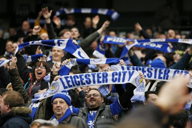 Football - Manchester City v Leicester City - Barclays Premier League - Etihad Stadium - 6/2/16. Leicester City fans celebrate at the end of the game. Action Images via Reuters / Jason Cairnduff. Livepic
