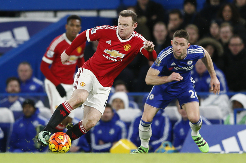 Chelsea's Gary Cahill and Manchester United's Wayne Rooney in action during Barclays Premier League game at Stamford Bridge on Sunday, February 7, 2016. Photo: Reuters