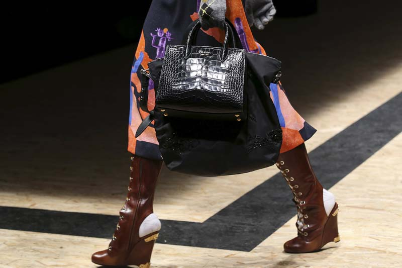 A model presents a creation from the Prada Autumn/Winter 2016 woman collection during the Milan Fashion Week, Italy, on February 25, 2016. Photo: Reuters