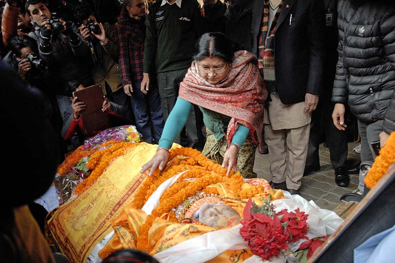 Radhika Shakya, Prime Minister KP Sharma Oli's wife, paying her last tributes to the body of Nepali Congress President and former Prime Minister Sushil Koirala at Maharajgunj, on Tuesday, February 9, 2016. Photo: Bal Krishna Thapa/ THT