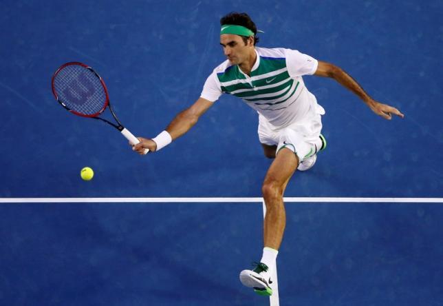 Switzerland's Roger Federer hits a shot during his semi-final match against Serbia's Novak Djokovic at the Australian Open tennis tournament at Melbourne Park, Australia, January 28, 2016. REUTERS/Jason Reed