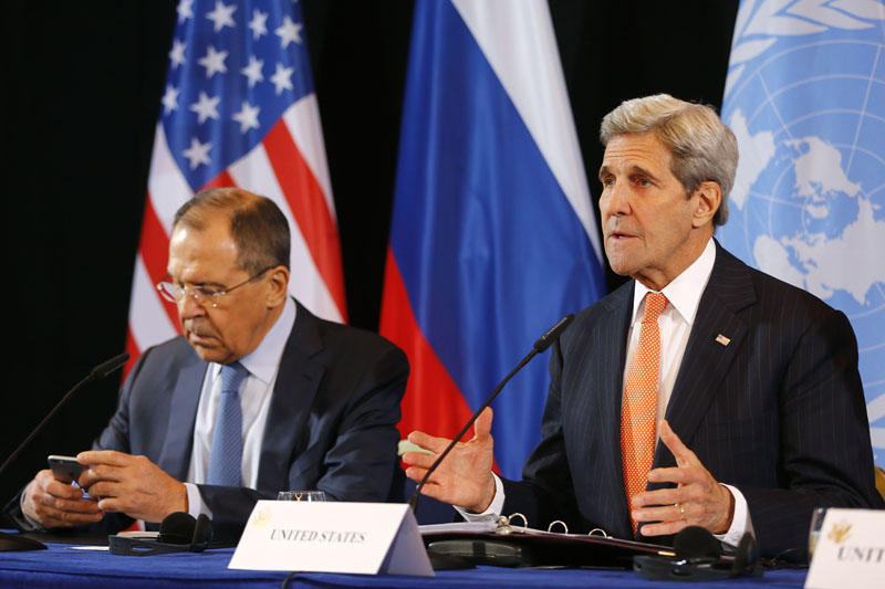 US Secretary of State John Kerry(right) and Russian Foreign Minister Sergey Lavrov attend a news conference after the International Syria Support Group (ISSG) meeting in Munich, Germany, on Friday, February 12, 2016. Photo: AP